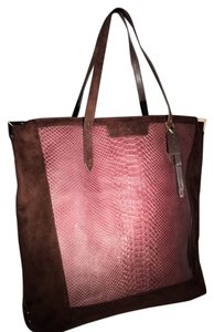 Coach Tote in BRONZE - DARK BROWN