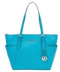Michael Kors Jet Set Zip Top Tote in Summer Blue