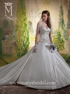 Mary's Bridal 6152 Wedding Dress