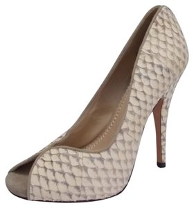 Jean-Michel Cazabat Kari Fish Scale Leather Size 7.5 Ivory Ivory Gray Pumps
