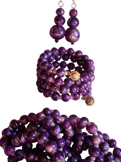Preload https://item1.tradesy.com/images/purple-endless-bracelet-and-earrings-necklace-1439395-0-1.jpg?width=440&height=440