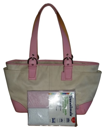 Preload https://item1.tradesy.com/images/coach-soho-cream-with-rose-trim-1403-pinkwhite-canvas-leather-diaper-bag-1439400-0-0.jpg?width=440&height=440