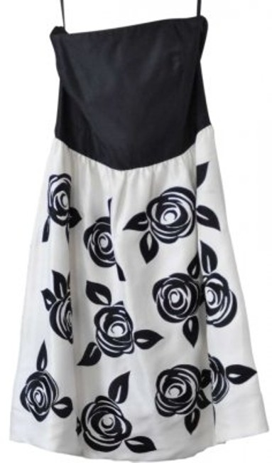 Preload https://img-static.tradesy.com/item/143949/white-house-black-market-and-silk-embroidery-strapless-above-knee-cocktail-dress-size-4-s-0-0-650-650.jpg