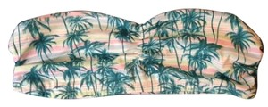 stradivarius Bandeau Sportsbra Active Top Tropical Multi