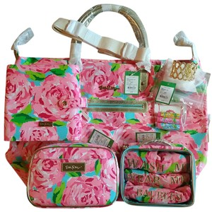 Lilly Pulitzer Complete Set / Hotty Pink Travel Bag