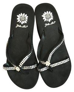 Yellow Box Crystal Flipflop Rubber Waterproof Black Sandals