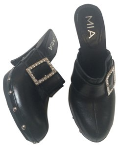 Mia Shoes Black Mules