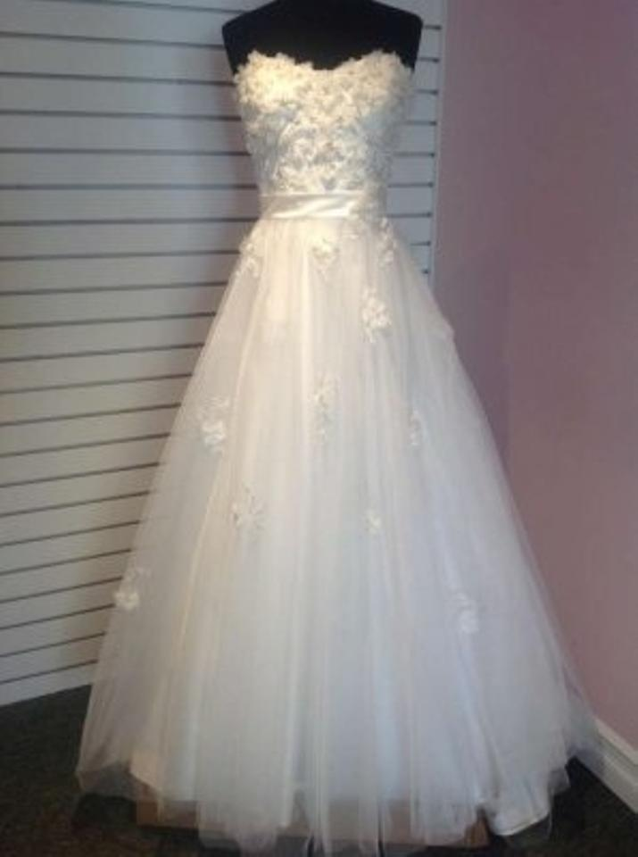 Alfred Angelo Ivory / Silver Net Over Satin Snow White / 207 ...
