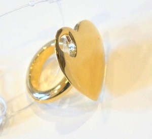 Saint Laurent Ysl Yves Saint Laurent Cut-out Heart Ring Gold