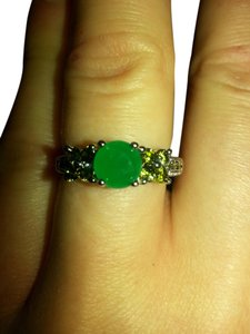 rare natural emerald and peridot ring. size 8