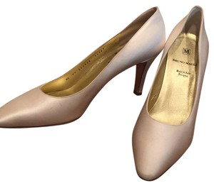 Bruno Magli Cream Pumps