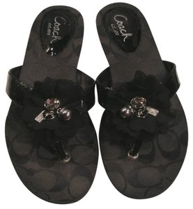 eb117e5d9 Coach Flip Flops - Up to 70% off at Tradesy