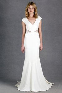 Nicole Miller Bridal Antique White Silk Kimberly Gh0018 Feminine Wedding Dress Size 2 (XS)