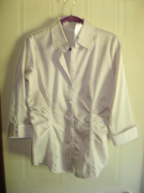 New York & Company Shiny Gold and White Stretch Button-down Top Size 8 (M)  45% off retail