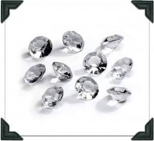 Clear 300 Diamond Scatter Pieces