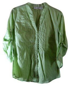 St. John Bay Long Sleeve Size S 100% Cotton Button Down Shirt Lime green
