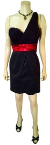 Max and Cleo & Size 6 P970 Black Dress
