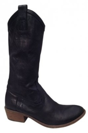 Preload https://item5.tradesy.com/images/frye-black-carson-bootsbooties-size-us-75-regular-m-b-14419-0-0.jpg?width=440&height=440