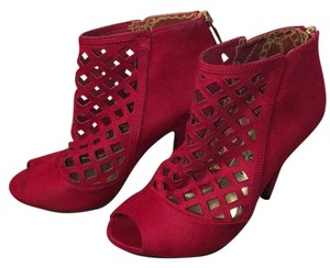 Christian Siriano for Payless Burgundy Pumps