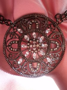 Other Vintage look rhinestone necklace