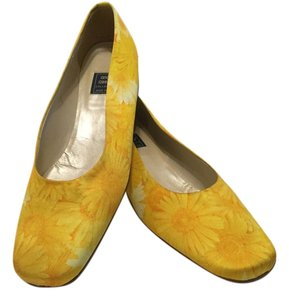 Andre Assous Italian Leather Lining Yellow fabric Flats