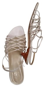 Stuart Weitzman Leather pearly beige Sandals