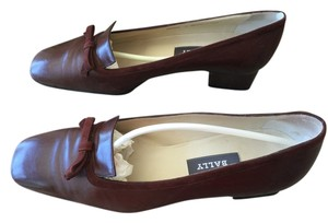 Bally Retro Brown Cognac Pumps