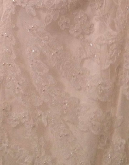 Preload https://img-static.tradesy.com/item/144282/allure-bridals-ivory-organza-and-lace-8923-vintage-wedding-dress-size-8-m-0-0-540-540.jpg