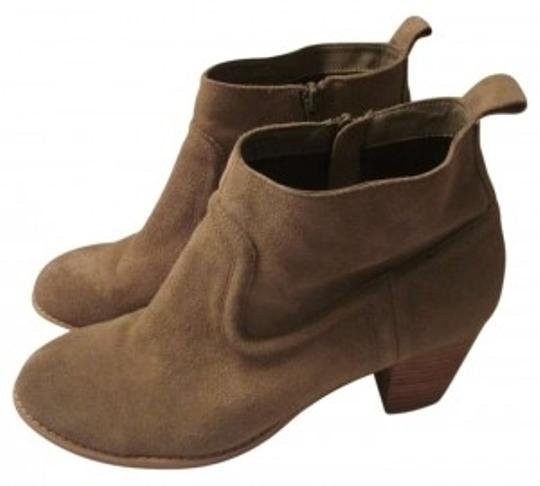 Preload https://item4.tradesy.com/images/dolce-vita-the-jamison-suade-bootsbooties-size-us-95-144283-0-0.jpg?width=440&height=440