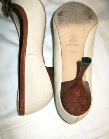 Barneys Co-Op BEIGE- BROWN Pumps