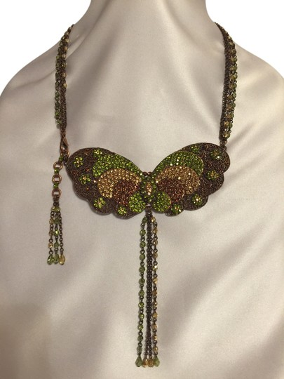 Preload https://item4.tradesy.com/images/other-vintage-copper-filigree-butterfly-necklace-1443268-0-2.jpg?width=440&height=440