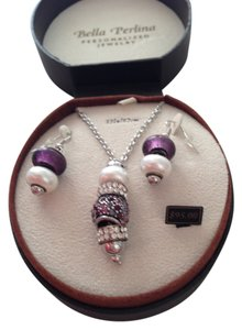 Bella Perlina Boxed set crystal necklace and earrings