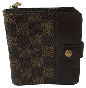 Louis Vuitton Louis Vuitton Zippe Wallet Damier Ebene