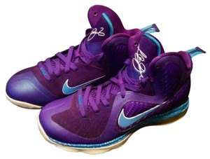 Nike Purple and turquoise Athletic