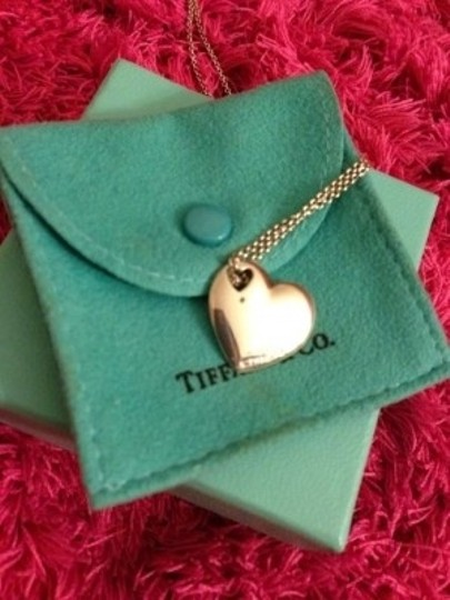 Tiffany & Co. Tiffany & Co. Heart Shape Silver Necklace