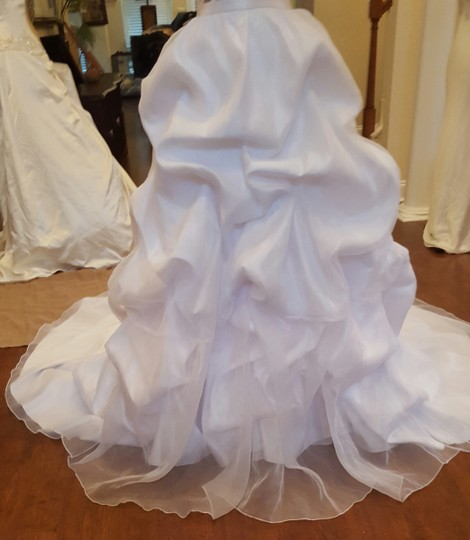 Maggie Sottero White Organza Taffeta Lace Two Piece Gown Traditional Wedding Dress Size 6 (S) Image 5