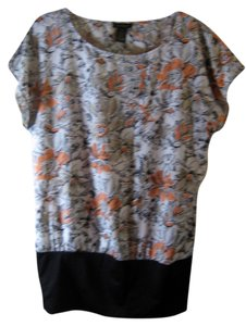 NueOptions Nue Size S Poly Spandex Dressy Top Black bottom, white with orange and beige flowers sketched in black
