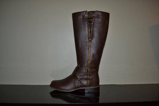 GbyGuess Brown Boots