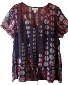 Ann Taylor LOFT Size L Sheer Dressy Warm Colors Short Sleeve Top Plum w/ burgandy, rust, and tan circles
