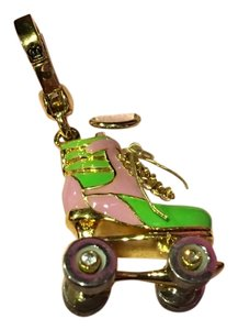 Juicy Couture NWT! JUICY COUTURE ADORABLE and CRAZY RARE ORIGINAL ROLLER SKATE CHARM!!