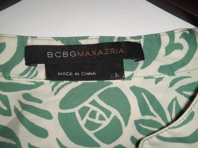 BCBGMAXAZRIA Top Mint green and white