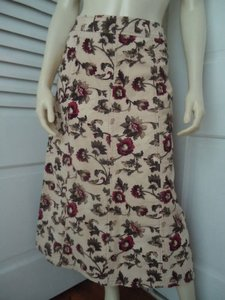 Eddie Bauer Cotton Corduroy Thin Wale Floral Print Unlined Skirt Multi-Color