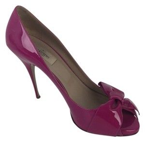 Valentino Fuschia Pumps