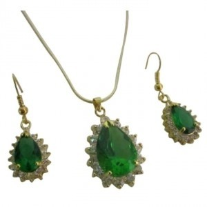 Green Victorian Pendant Earrings Emerald Gold Holiday Gift Jewelry Set