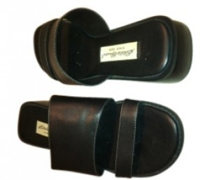 Eddie Bauer black Sandals