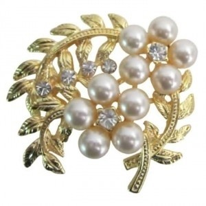 Gold Ivory Fabulous Bouquet Fantasy Floral Designs Artistically Designed Brooch/Pin