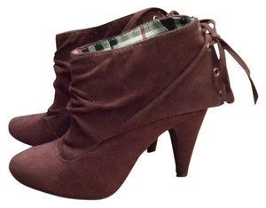 Qupid Laces Laced Pointed Toe Brown Boots