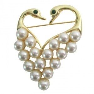 Gold Ivory Newest Elegant Heart Shape Swam Gift Your Love One Brooch/Pin
