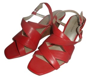 Etienne Aigner New red Wedges