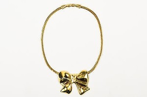 Nina Ricci Nina Ricci Gold Tone Bow Pendant Herringbone Chain Necklace